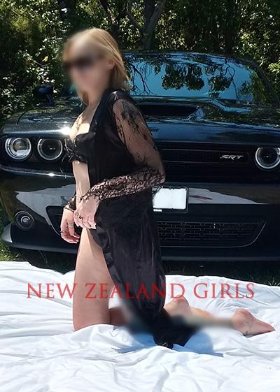 Central Nth Island Escort Zara -SEXY BLONDE NZ EUROPEAN BABE!