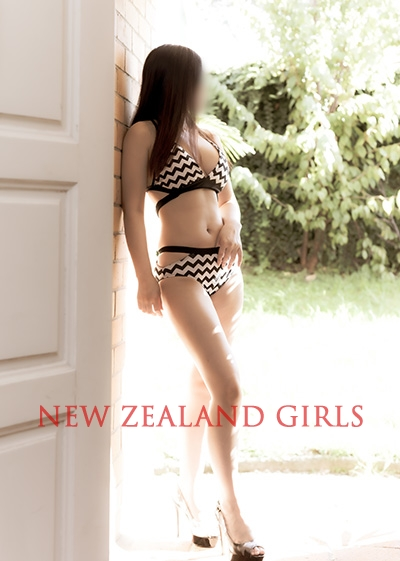 Auckland Escort Kelly -21 year old Asian escort offering full service from Auckland